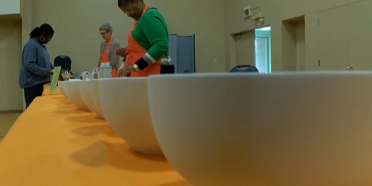 Bowl painting party helping to fight hunger