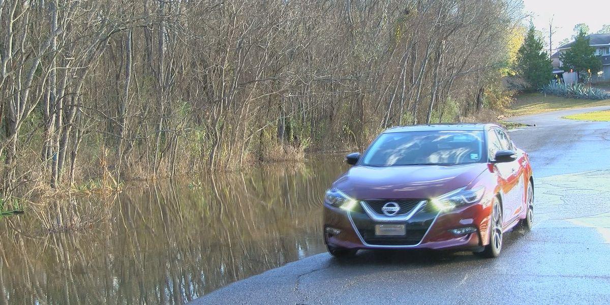 People living along Shreveport street upset about flooded road
