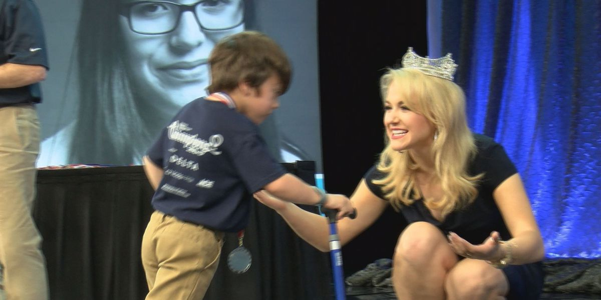 Miss America shares memorable moments at CMN conference