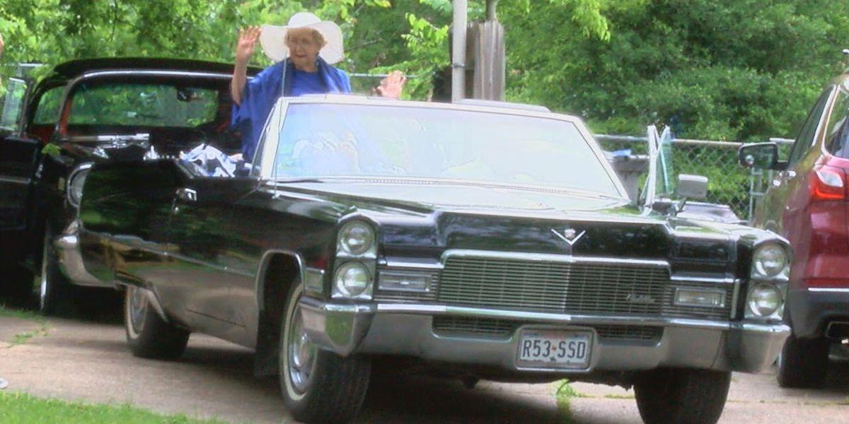 85-year-old East Texas woman checks convertible Cadillac ride off 'bucket list'