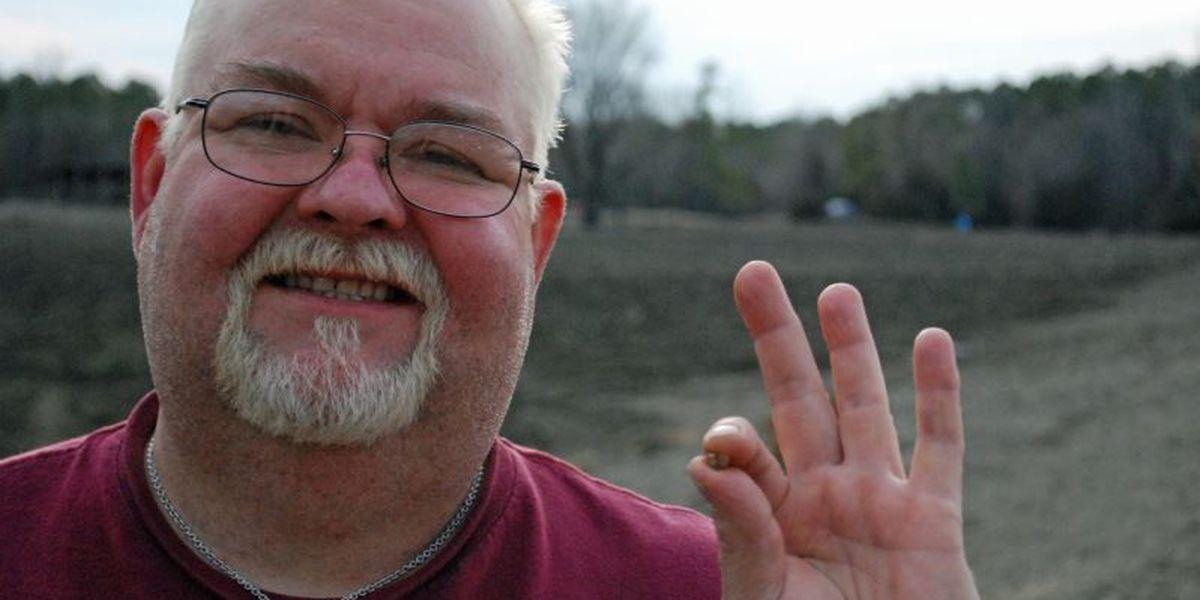 Shreveport man digs up 2 carat diamond at Arkansas State Park