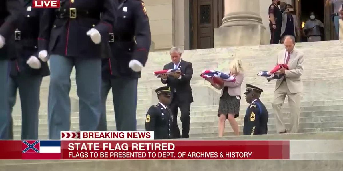 State Flag leaves Capitol