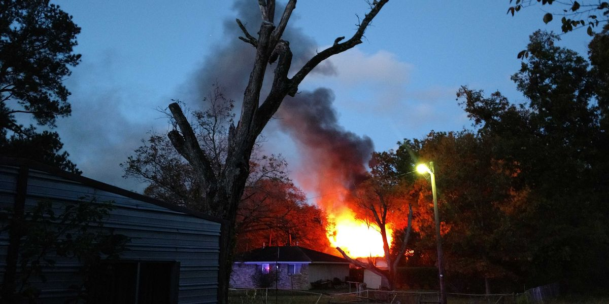 'I'm traumatized right now:' Shreveport home destroyed in early morning blaze