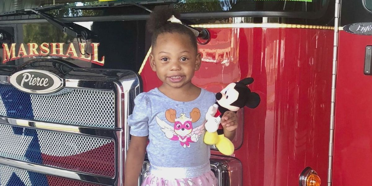 2-year-old Marshall girl called a hero after notifying family of fire