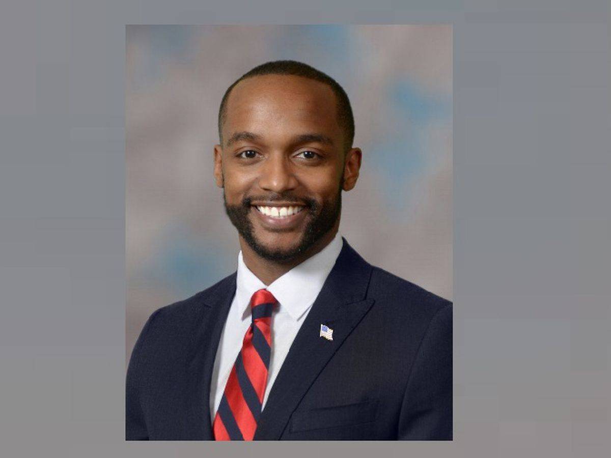 Shreveport mayor qualifies in U.S. Senate race