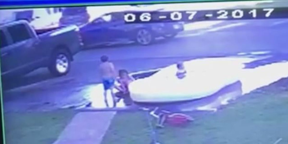 Bossier mom's video of stranger approaching kids sets off alarms