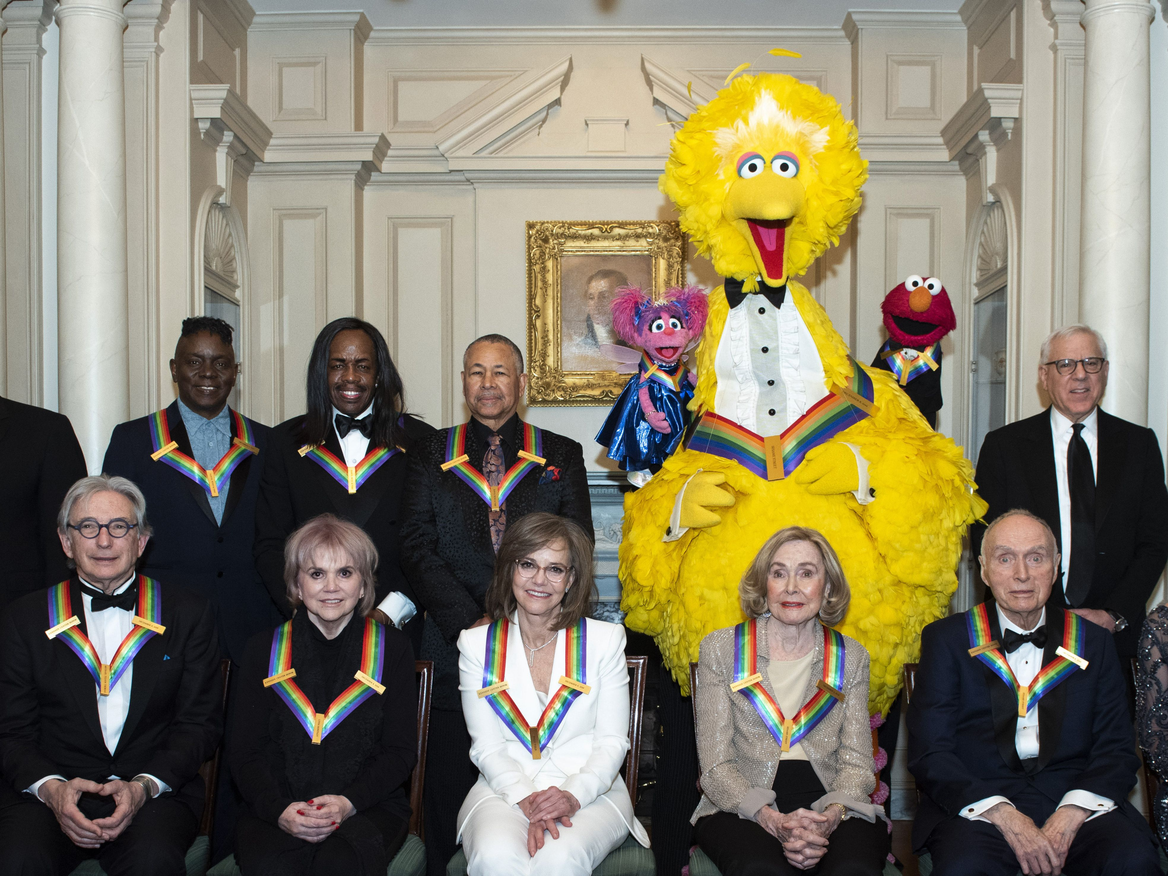 Big Bird, Ronstadt, Sally Field celebrated at Kennedy Center