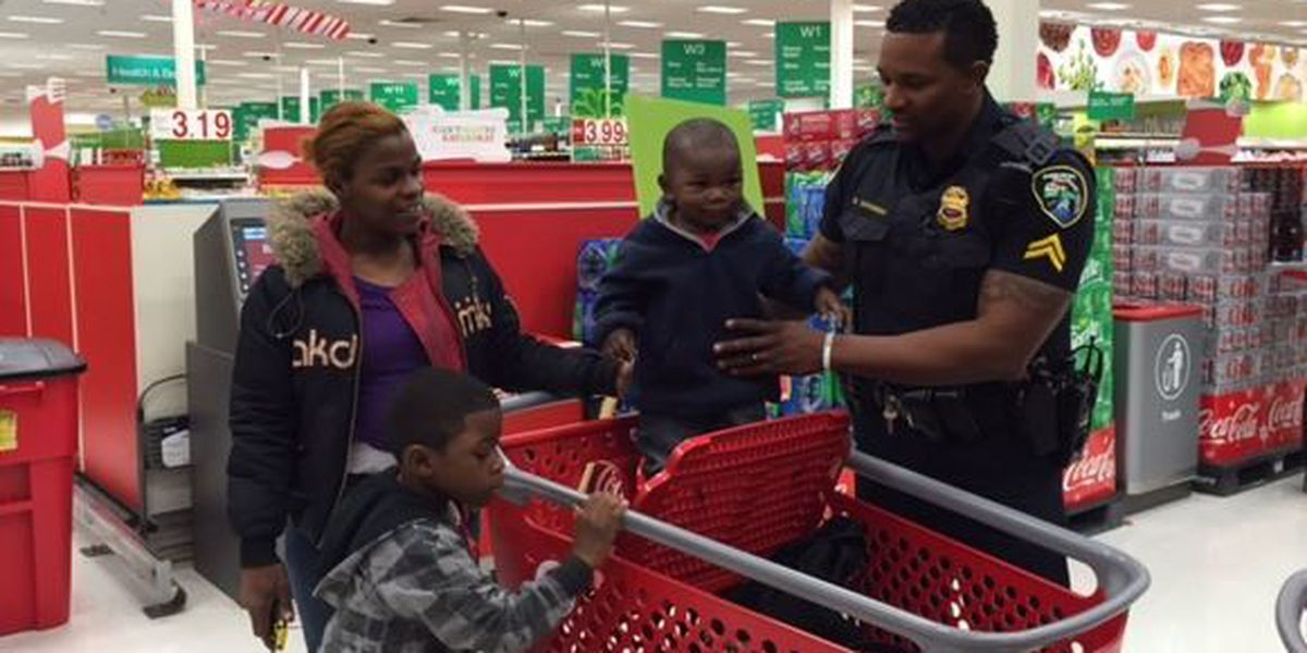 """Shreveport police hold annual """"Heroes & Helpers"""" event"""