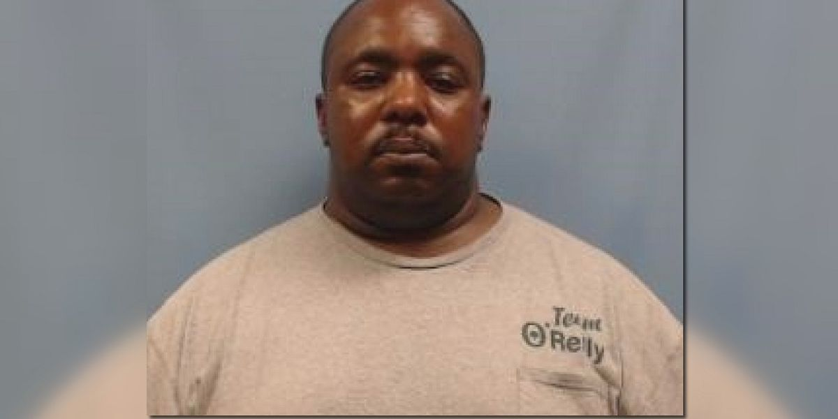 Arkansas jailer arrested, accused of sexual assault