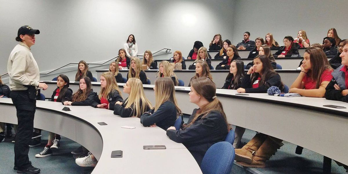 Bossier City youth leaders experience criminal justice system up close