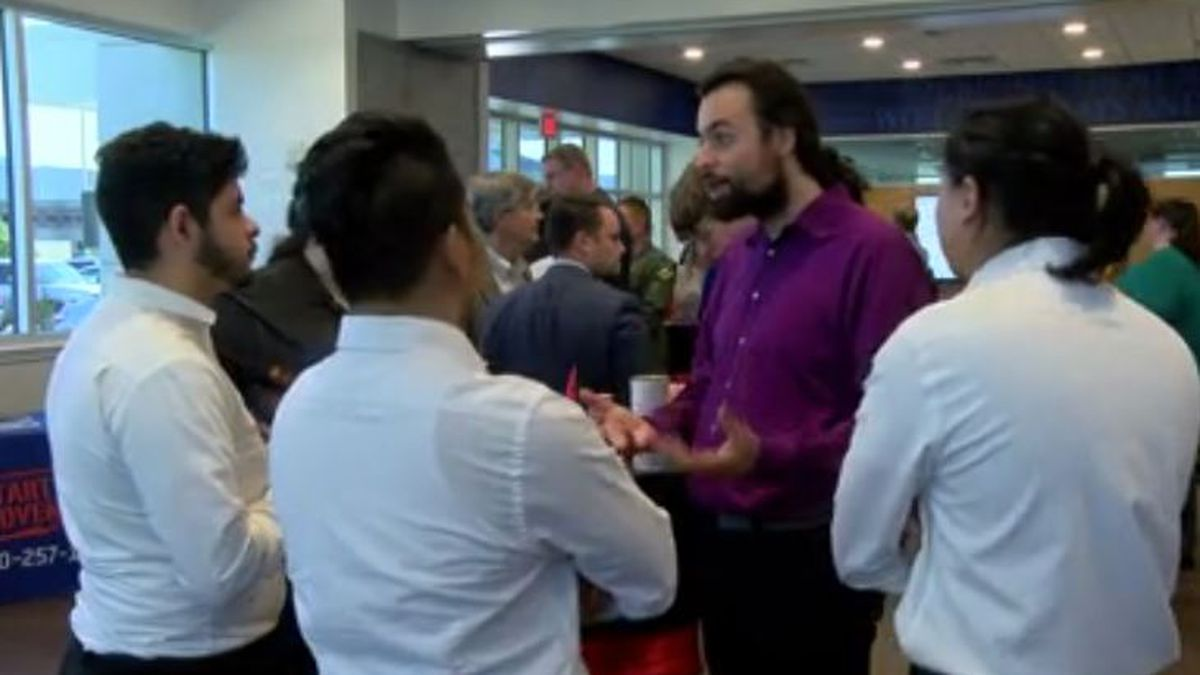 Business accelerator encourages entrepreneurs to invest locally