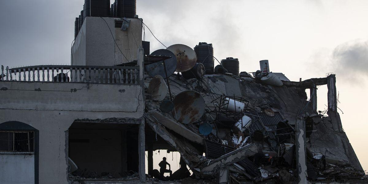 Rockets kill 2 Israelis as Israeli strikes kill 26 in Gaza