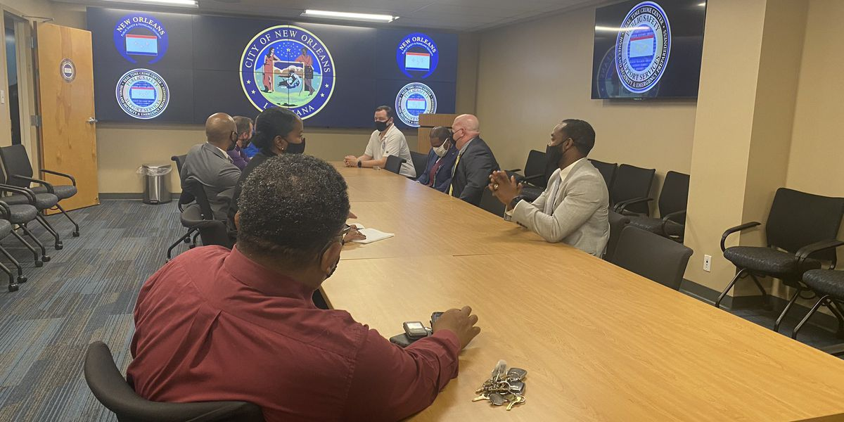 Mayor Perkins touring Real-Time Crime centers in New Orleans, Baton Rouge