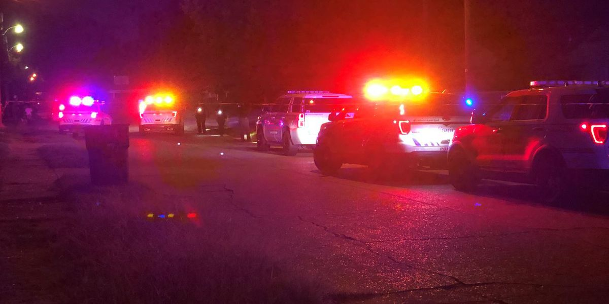 Man shot at least twice in Shreveport