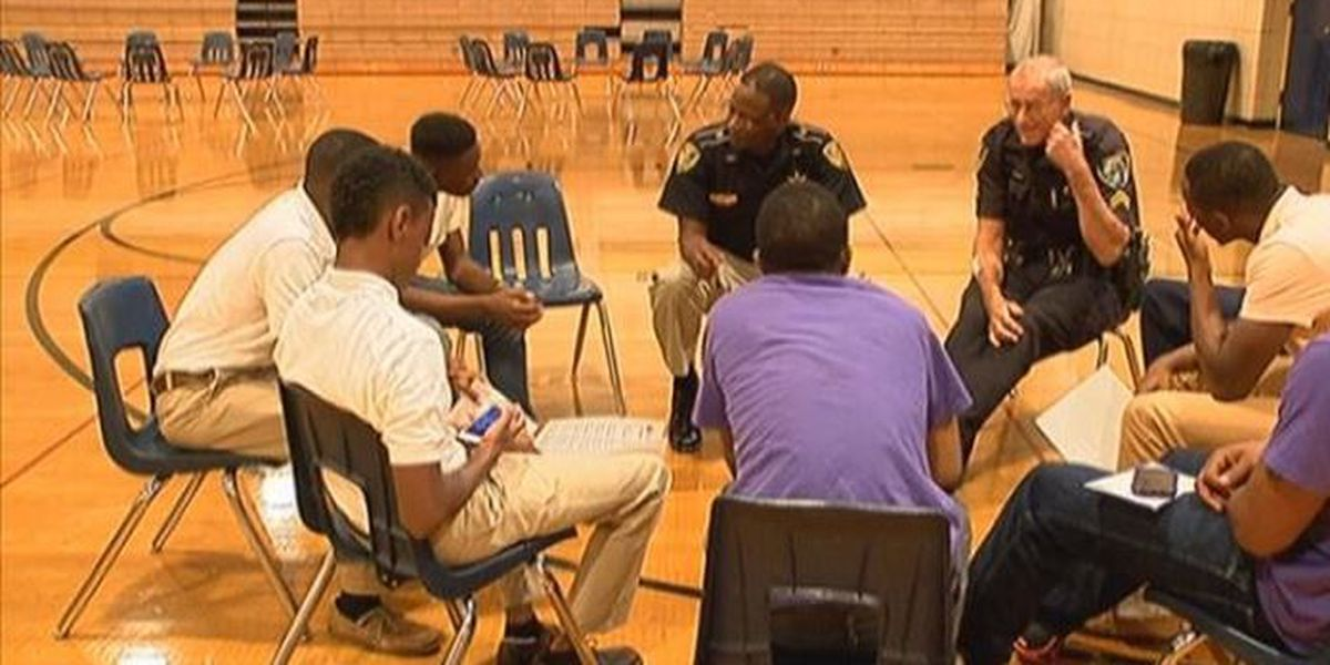 'Jack and Jill of America' event opens dialogue between youth, officers