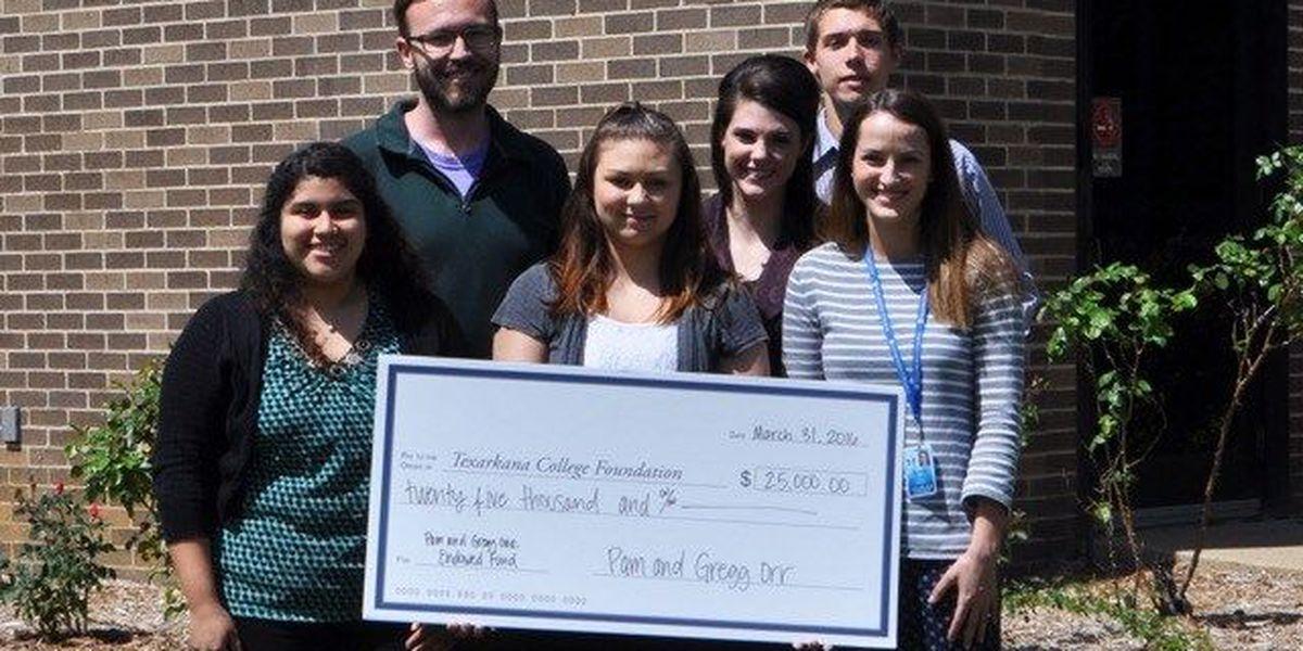 Family's $25K donation helping Texarkana,TX students