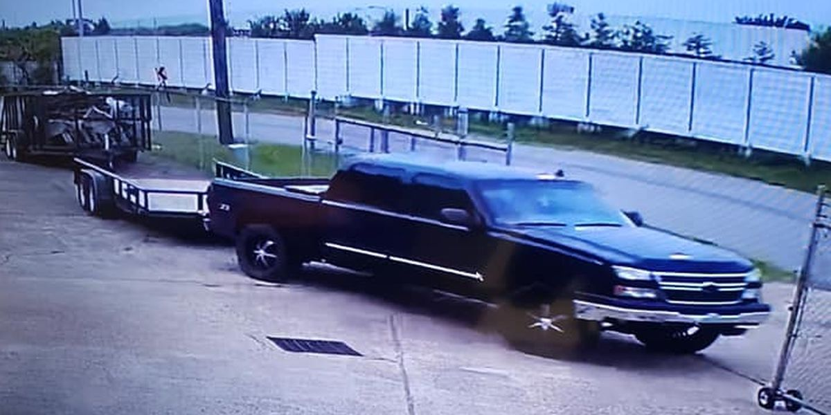 SPD search for trailer thief