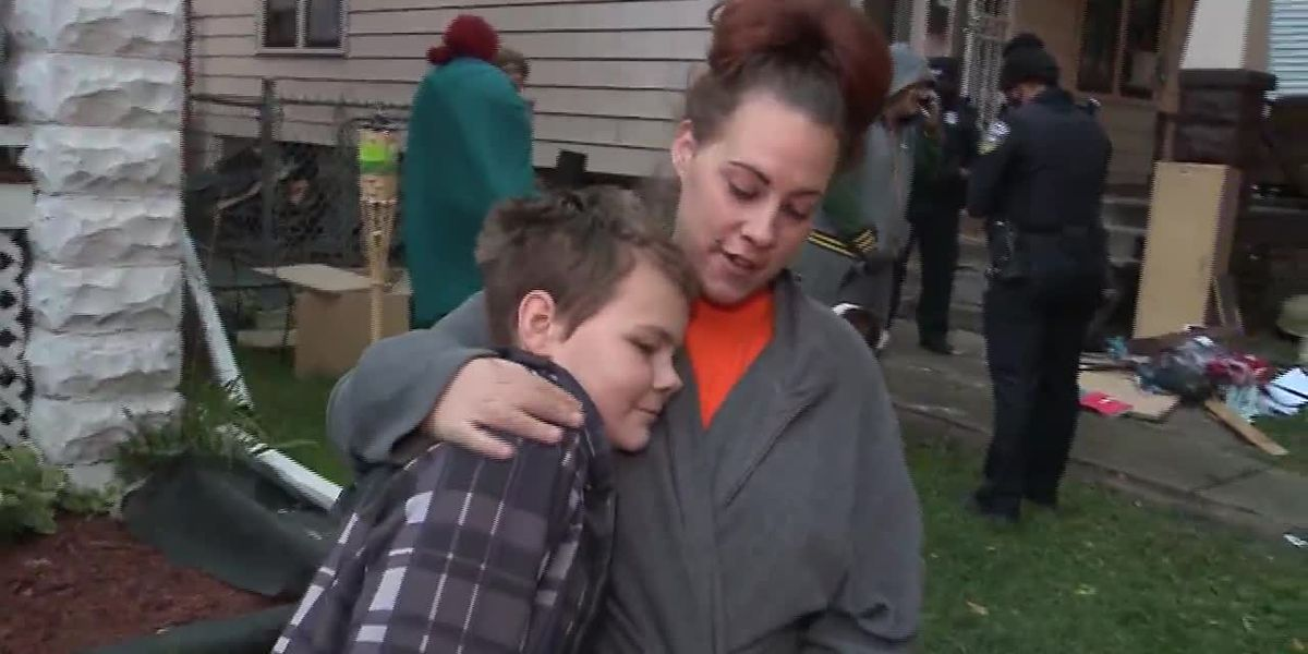 Boy, 12, crawls through window onto roof to escape Milwaukee house fire
