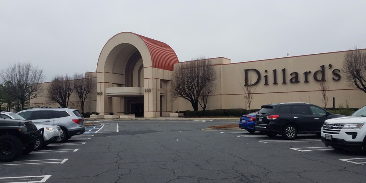 Person shot, killed at Carolina Place Mall identified as 24-year-old man