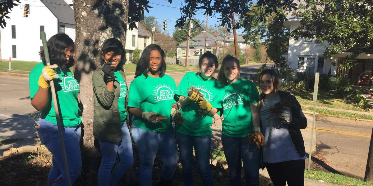 Shreveport students participate in day of service