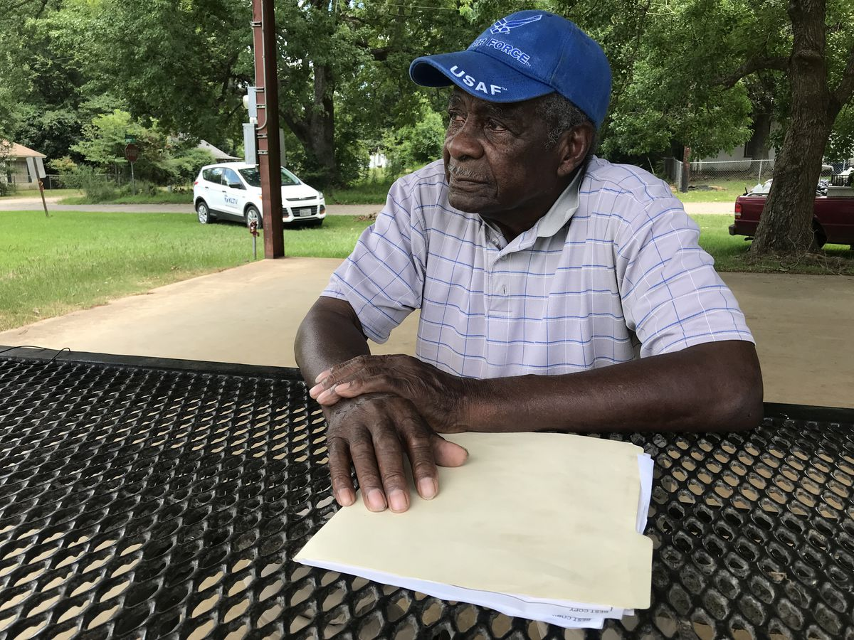 East Texas veteran has trouble renewing driver's license under new rule