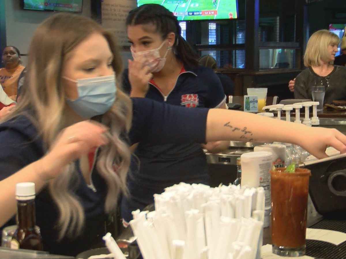 COVID-19 protocols set in place for bars, restaurants on Super Bowl Sunday