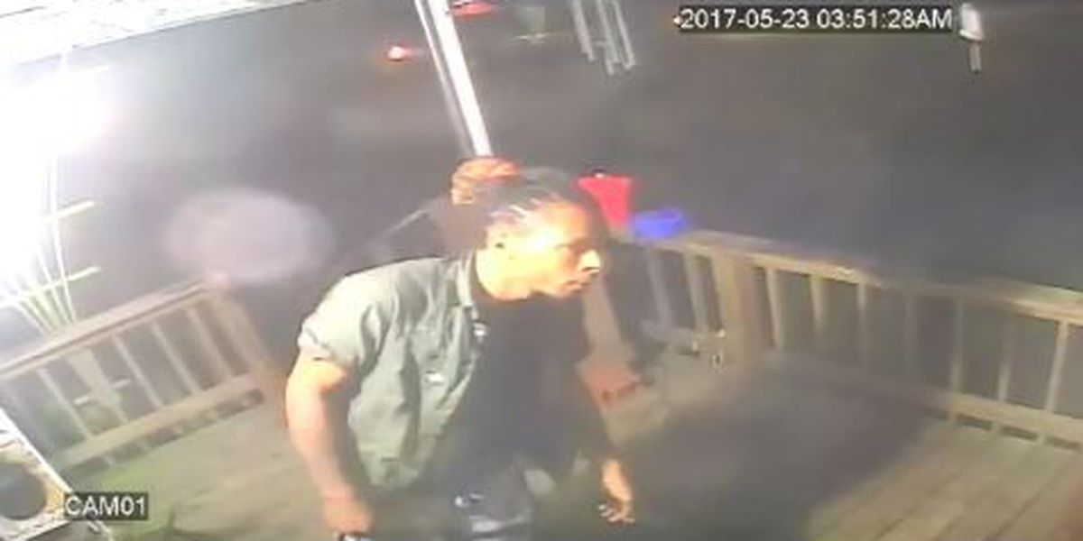 Suspected burglar captured on video surveillance in Shreveport