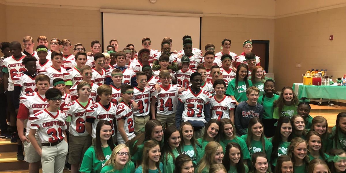 North DeSoto Middle students honor football player who collapsed at game