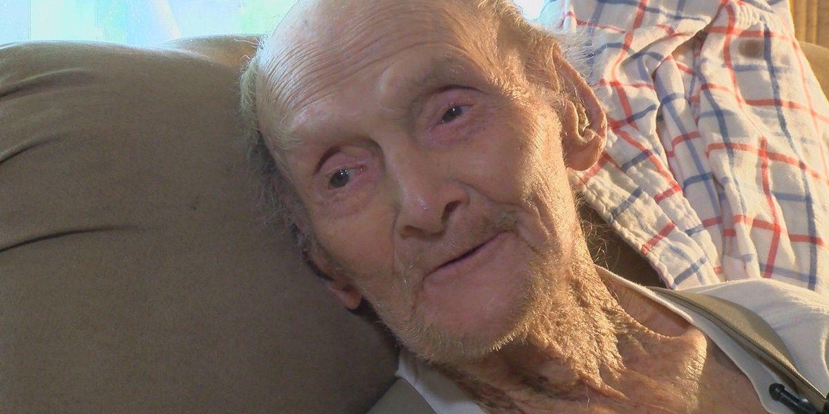KSLA Salutes: WWII Veteran John Hay