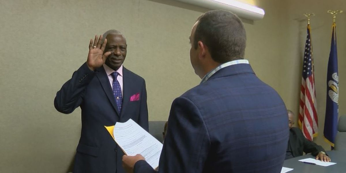 New Mansfield mayor sworn in, hoping to bring new business, jobs