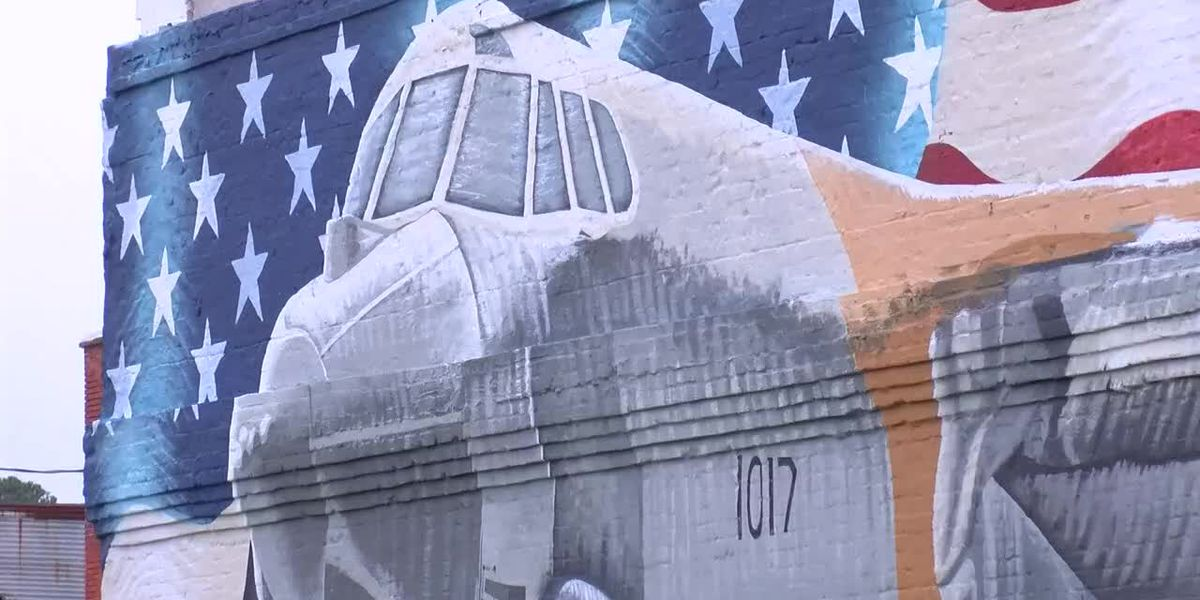 KSLA Salutes: Mansfield's B-52 bomber mural and its hidden gems