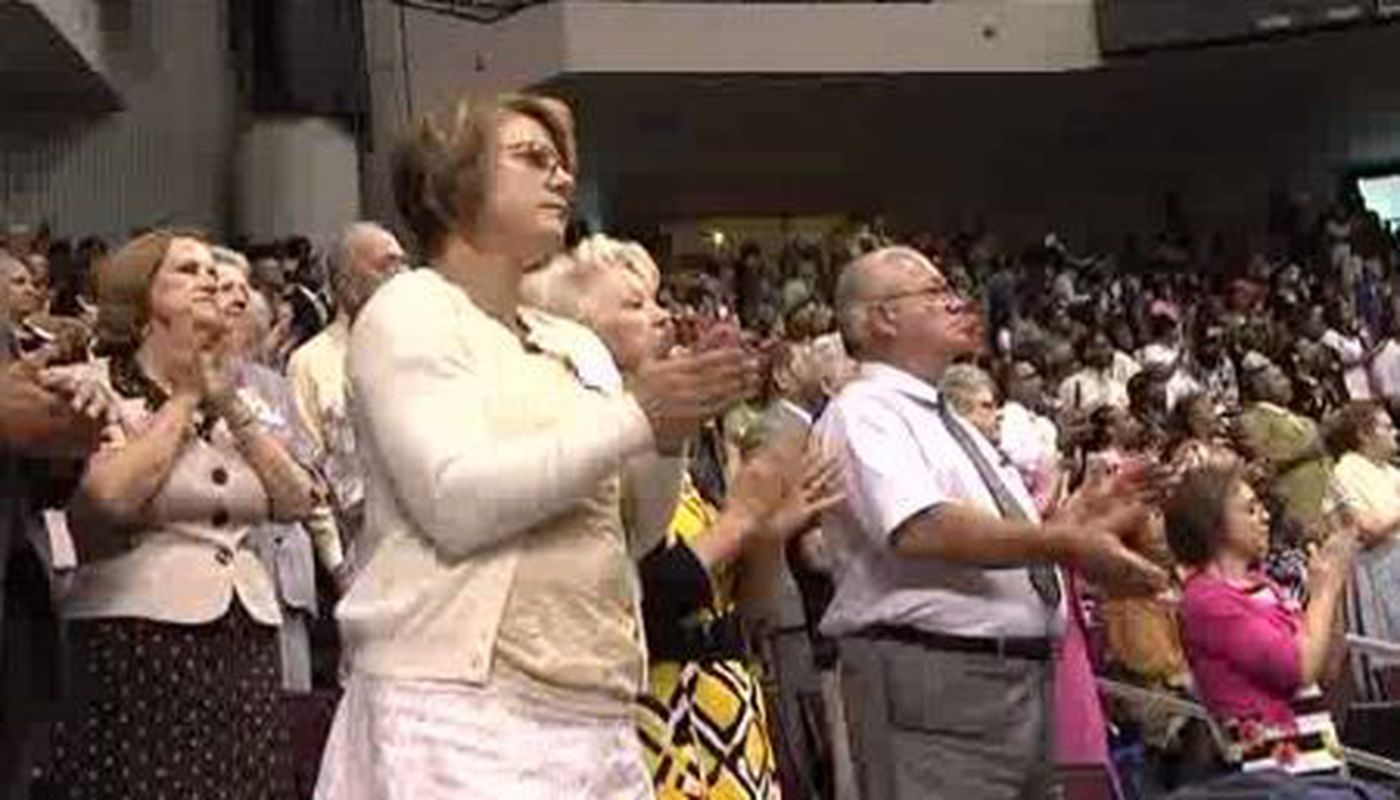 Jehovah's Witnesses kick off annual convention in Bossier City