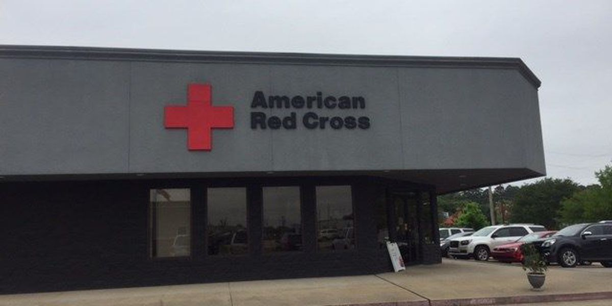 2 North LA Red Cross volunteers helping Missouri flood victims