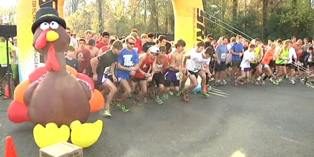 Runners take time for Thanksgiving Day Turkey Trot