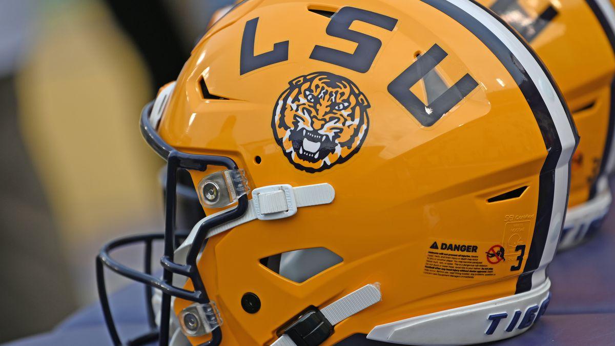 GAME UPDATES: No. 1 LSU vs Ole Miss