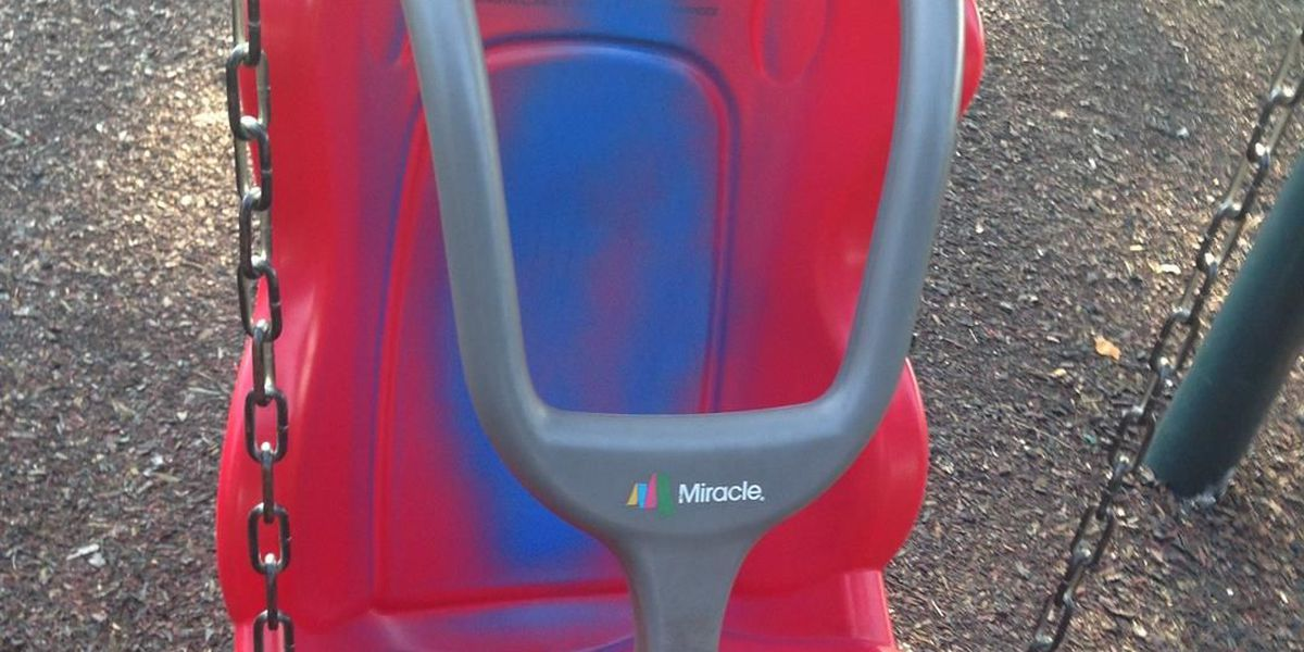 City workers, volunteers clean up vandalized Shreveport playground