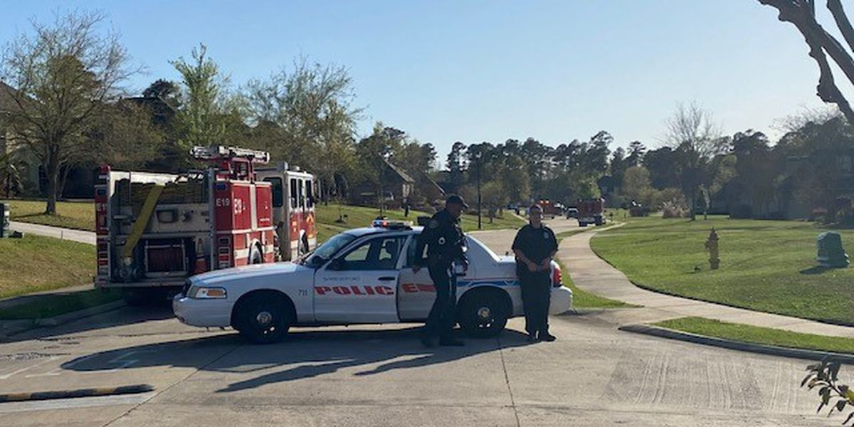 Bomb squad, 15 police units respond to situation in south Shreveport