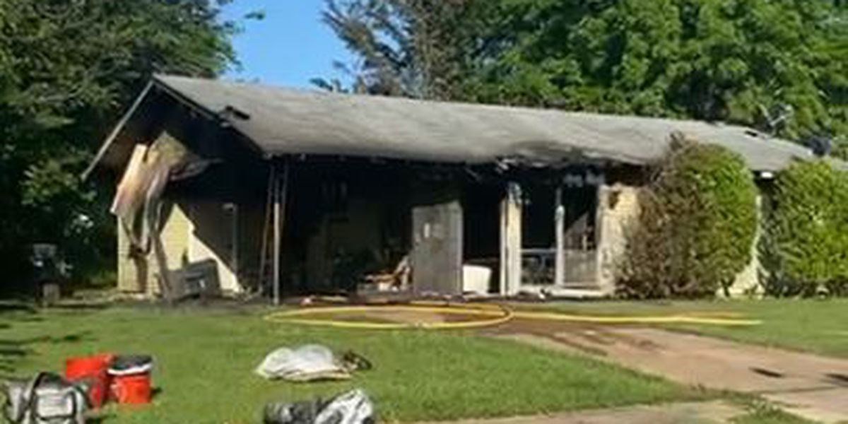 Fire destroys house, displaces dwelling's elderly owner