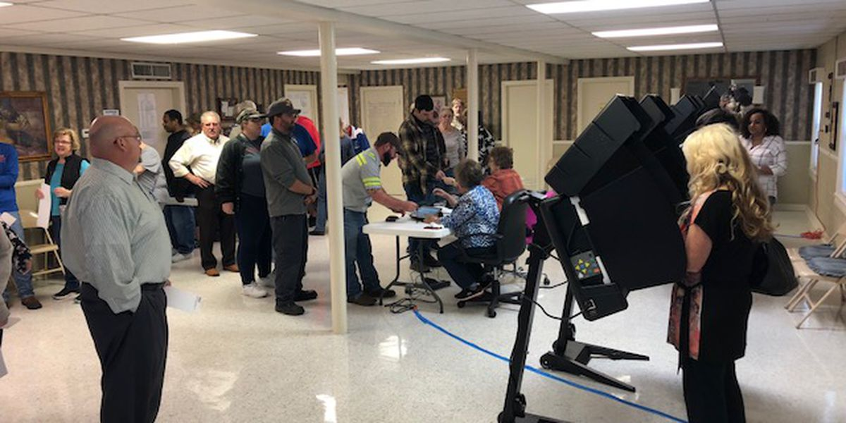 Texarkana Arkansas voters head to polls in droves