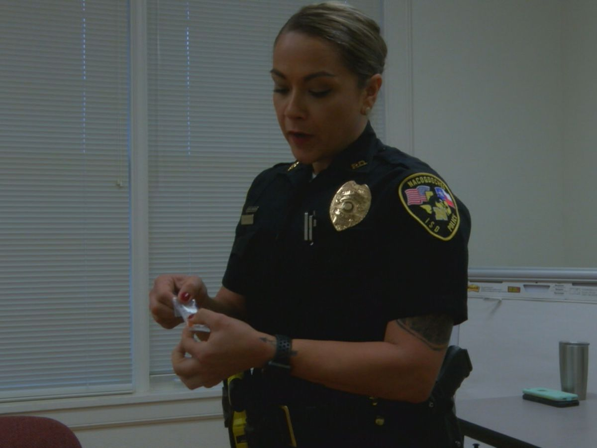 Nacogdoches ISD police officers react after child brings meth to elementary school