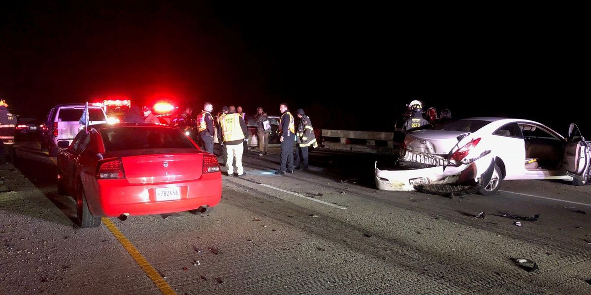 I-220W reopens 2 hours after wreck involving truck, 8 other vehicles