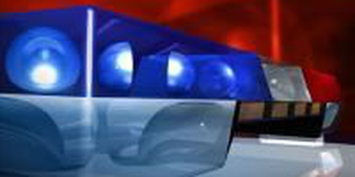 Ashdown, AR man shot after allegedly breaking into home