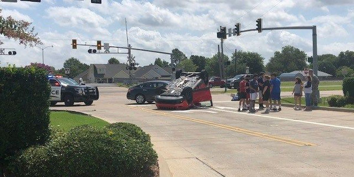 Driver cited after Bossier City rollover crash