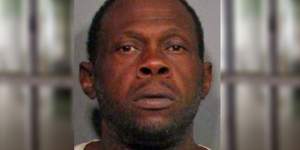 Man accused of setting fire to house with 4 people inside