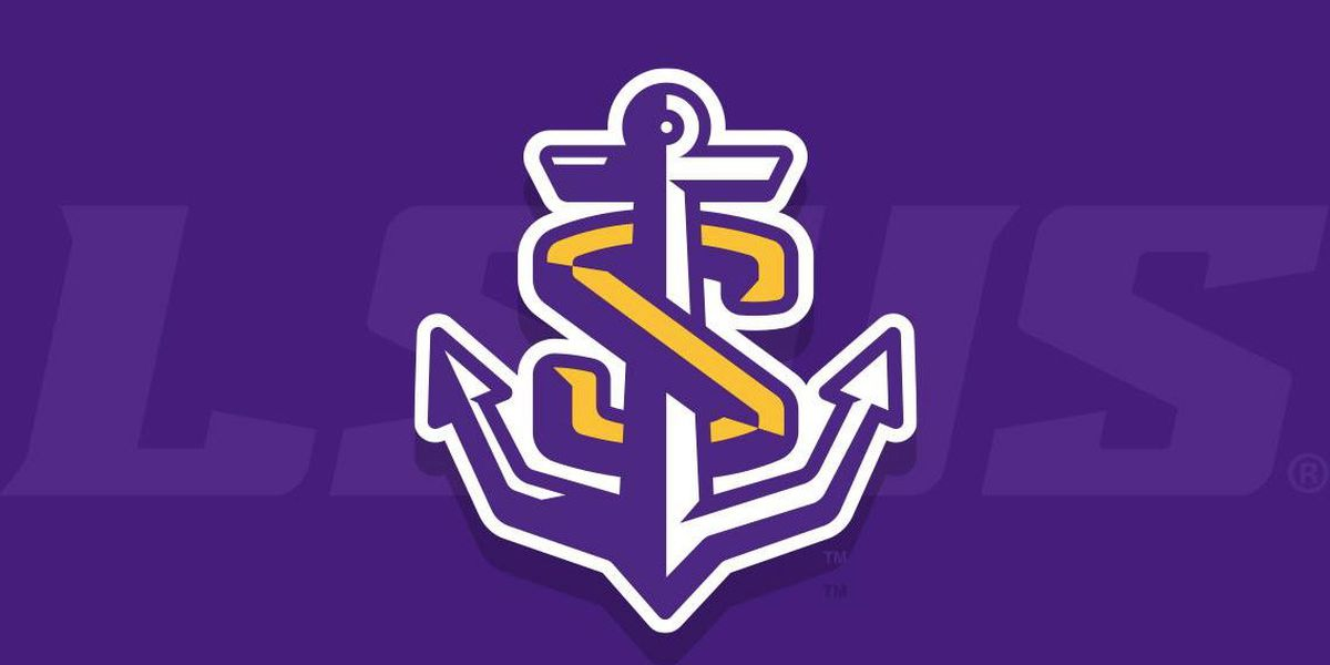 Three LSUS coaches, athletic director up for raises