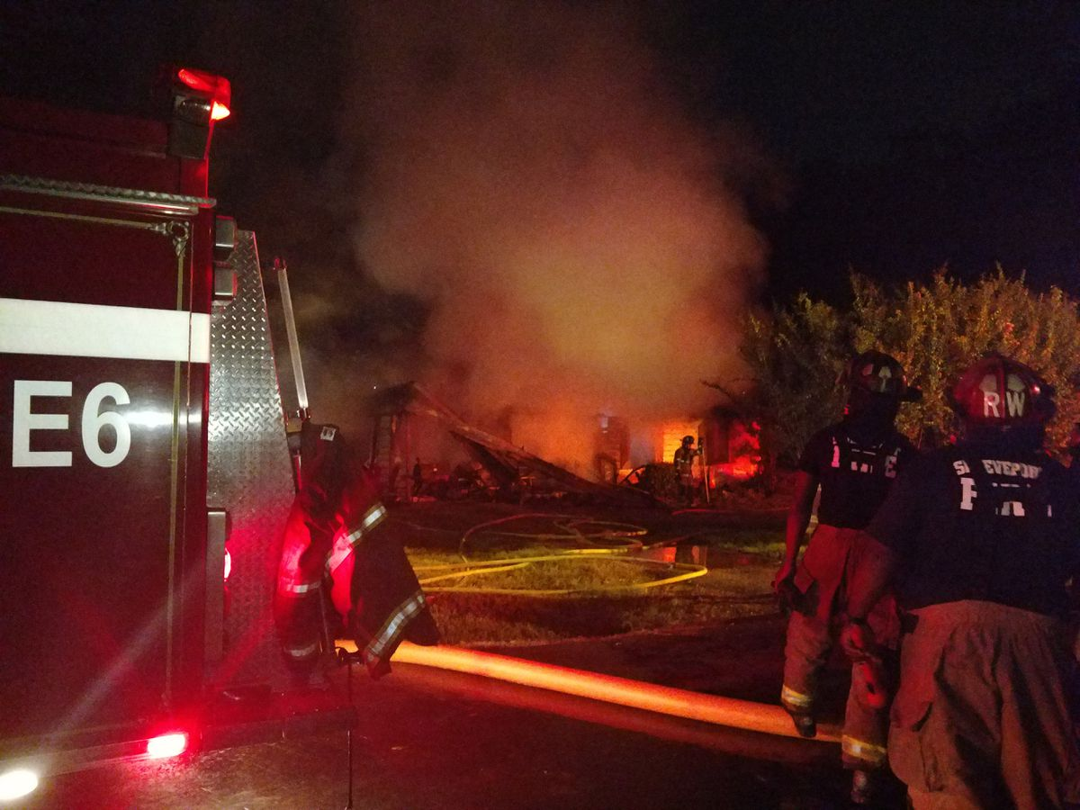 Fire ravages Shreveport home, resident safe