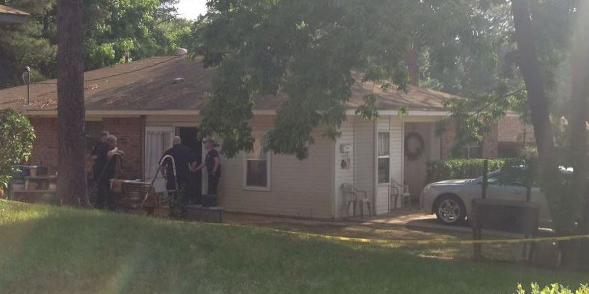 Family of slain Vivian woman clearing out home