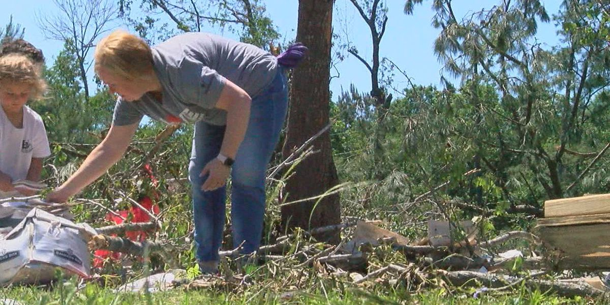 San Augustine continues clean-up following Wednesday's storm