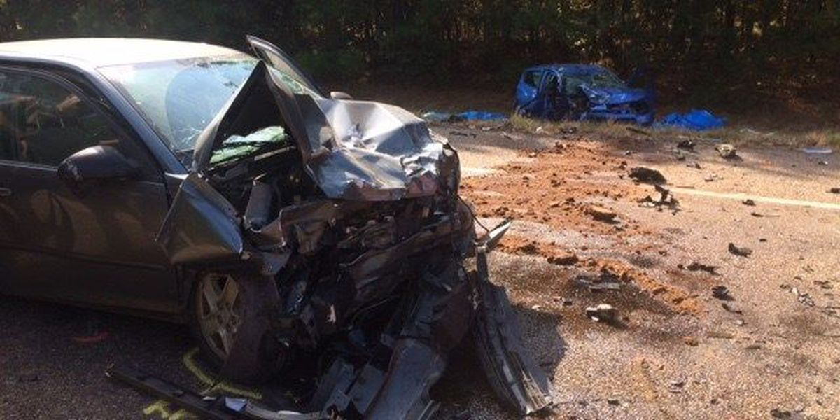 Head-on collision in ETX kills 2 AR residents, injures another