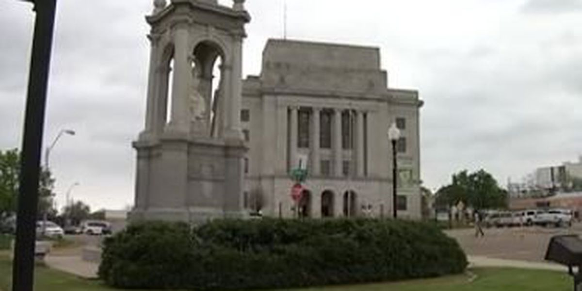 Texarkana city leaders to fight federal government on landmark post office